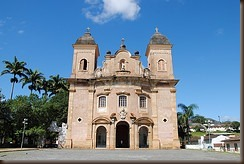 Mariana church in Brazil by Leandro Ciuffo on flickr
